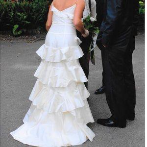 cymbeline Dresses - Cymbeline 100% silk wedding dress